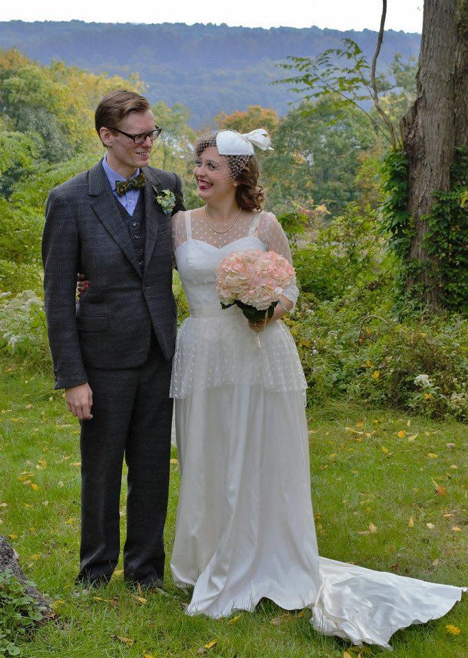 Evan Cardona - Wedding Sample - Bride and Groom Country
